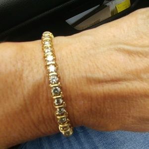 Jewelry - 14KT DIAMOND TENNIS BRACLET